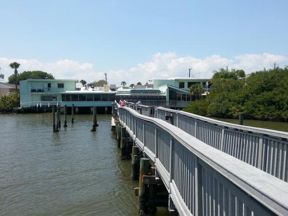 Dining on the river in port orange florida eat the globe - Aunt catfish port orange fl ...