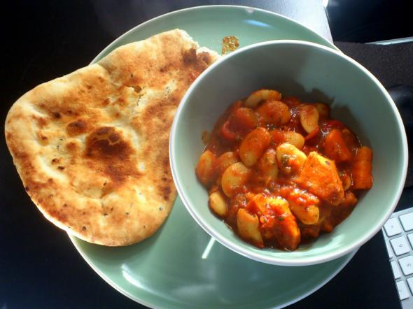 http://www.eattheglobe.com/post-upload/curry.jpg