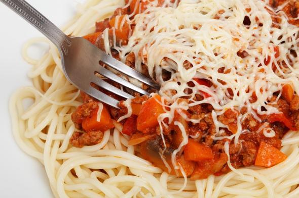 http://www.eattheglobe.com/post-upload/spaghettiwithbeef.jpg